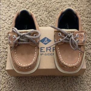 Sperry Lanyard Boat shoes size 6